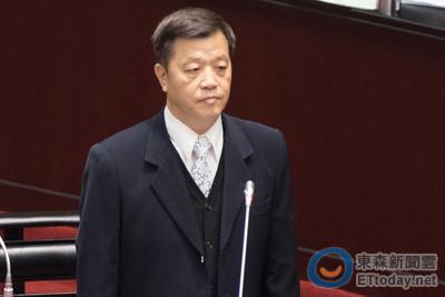 勞動部刪勞工7天國定假日 立法院退回給行政院!