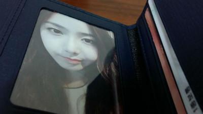 皮夾照片被問是「女朋友」嗎?羞認…下秒遭運將的話打臉