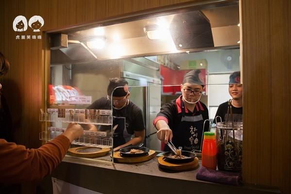 高雄韓式料理吃到飽!豆腐鍋、海鮮煎餅、豬五花任你選