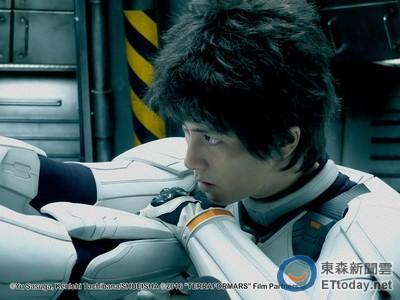 山下智久打拳帥炸!《火星異種》15位日本男星顏值超高