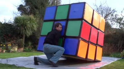 解謎癡自製半樓高魔術方塊..是要做給巨人玩嗎!(摔筆)