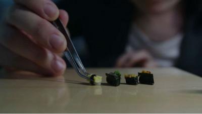 外科醫生選拔「捏一粒米壽司」,感覺比完一定會鬥雞眼