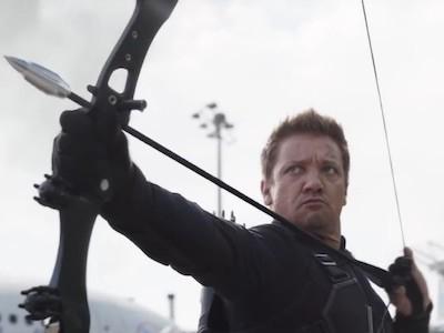 「鷹眼」不是退休了? 回歸《美國隊長3》原因曝光!