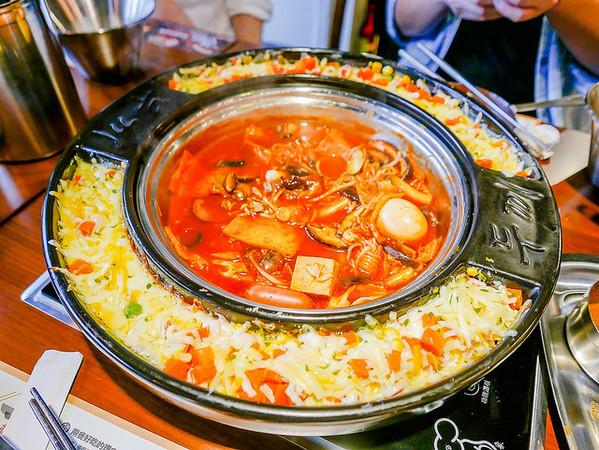 吃得到8種不同的年糕!台北新開幕韓式鍋物吃到飽