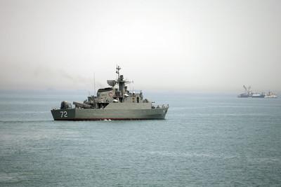美國出動航母進入波斯灣 伊朗外長:不可能和談
