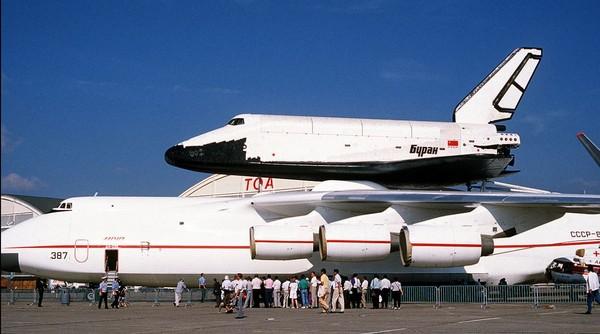 安托諾夫An-225是目前全世界最大的民用飛機。(圖/翻攝自維基百科)