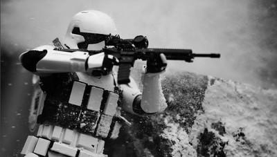 克隆人改當平面Model!呈現美軍打仗的生死瞬間..