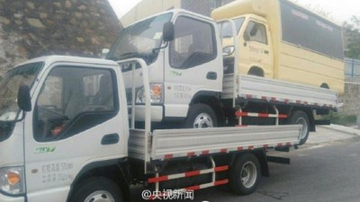 載有「卡車的卡車的卡車司機」被逮,網友說這叫「轟」
