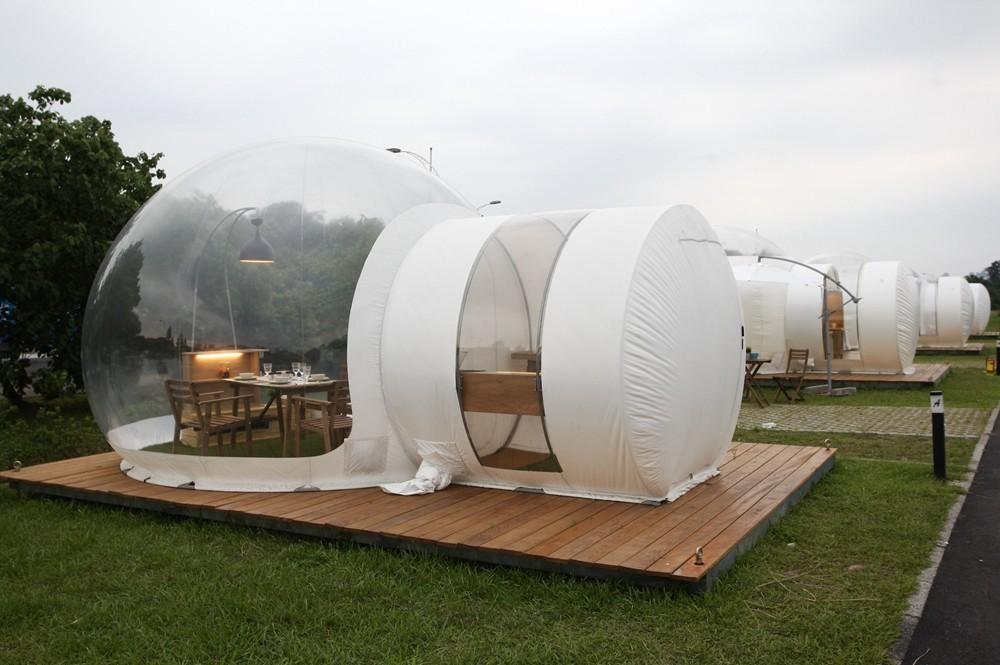 新北市八里文化公園露營區泡泡窩。(圖/記者陳睿中攝)