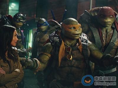 忍者龜其實不只4隻!? 她被導演欽點是「第5隻龜龜」