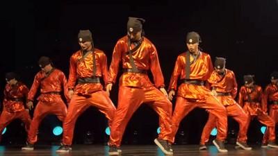 全美舞蹈大賽冠軍舞姿超整齊!確定沒按CTRL+C?