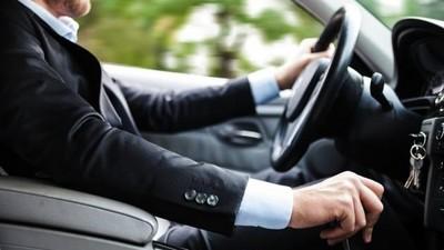 菜鳥必看職場陷阱題:行車座位禮儀決定你前途