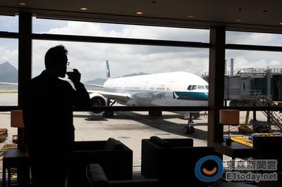 香港國泰航空傳重組轉讓航班 港龍接手攻中國市場
