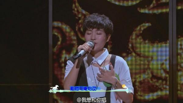 影/徐佳瑩合唱超狂素人 男版《身騎白馬》好聽到哭