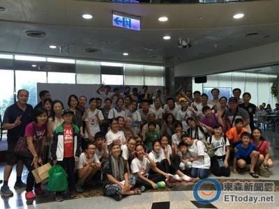 花蓮慈中國中生單車環島 到醫院當志工表演送愛心