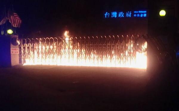 縱火燒台灣民政府總部 前議員李承龍二審改判9月