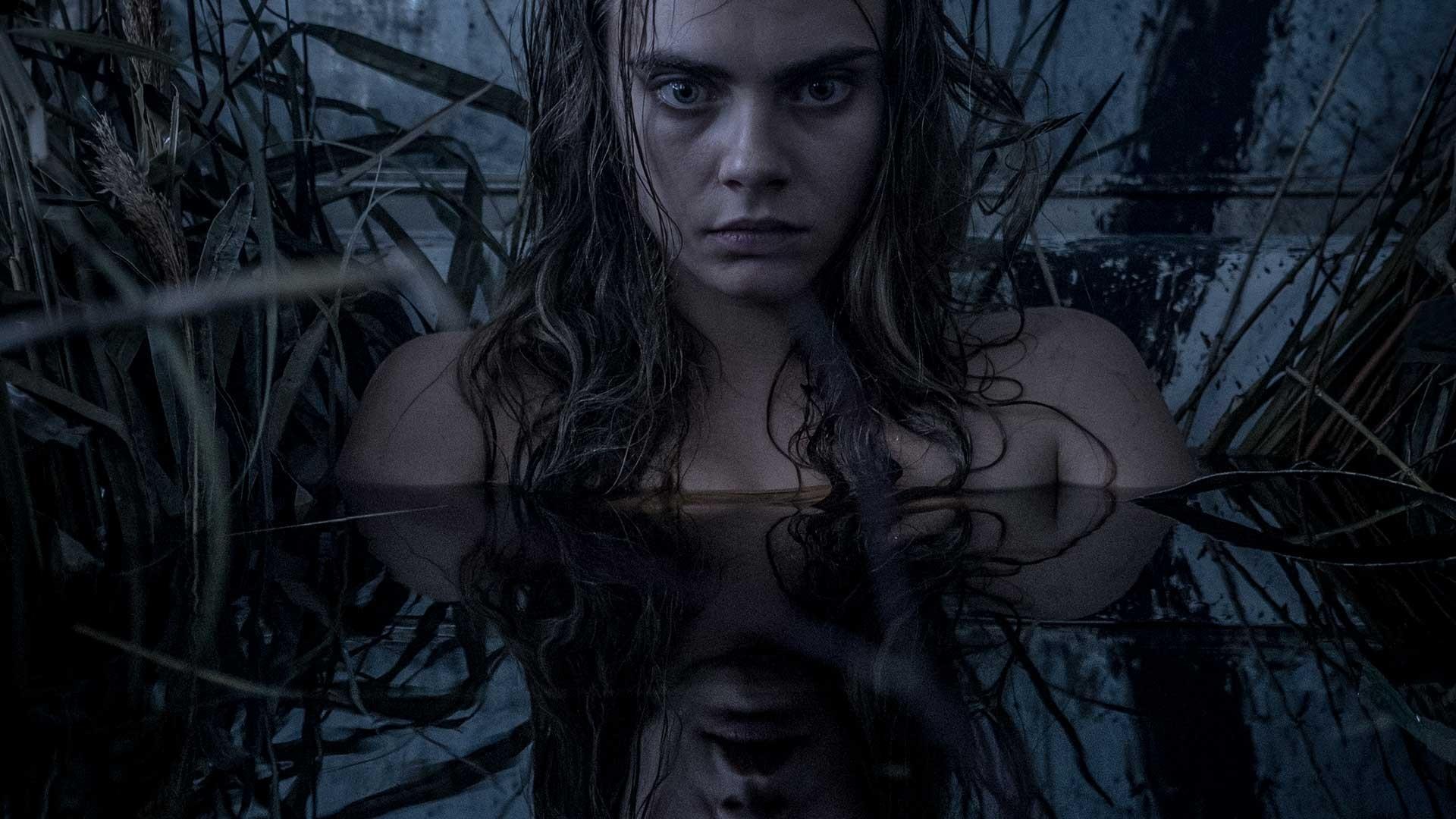 《自殺突擊隊》魅惑女巫卡拉迪樂芬妮(Cara Delevingne)來頭不小!是超模還有超正女友。(圖/翻攝自網路)