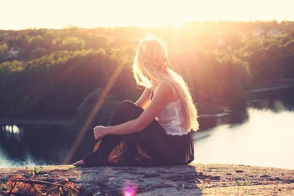 女孩,單身,獨自。(圖/取自LibreStock網路)