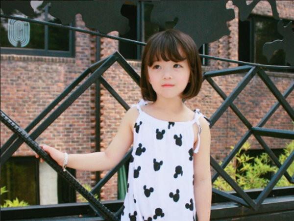 基因太強大!4歲小韓妹「超空靈」 全來自高顏值媽媽