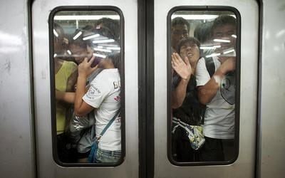 除了捷運博愛座不敢坐 網友:背包前背、插隊更讓人怒