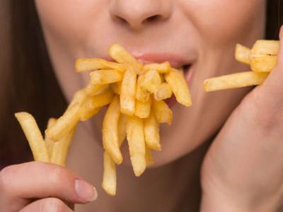 別成為健康邊緣人!愛吃肉胖子腦袋會被油脂糊住