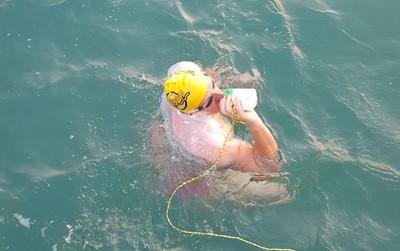 從英國泳渡法國 他狂游16小時亡
