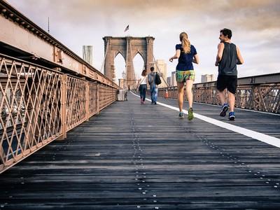一個人運動覺得無趣? 6個和好友「相約健身」的好處
