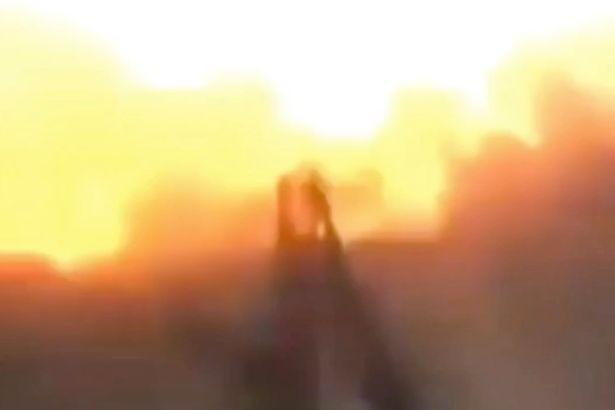 影/自拍變「自爆」 敘利亞反抗軍一按下手機快門就爆炸