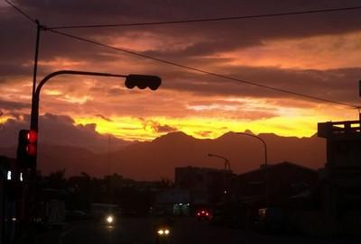 火燒雲再現 台東人驚:還要上班