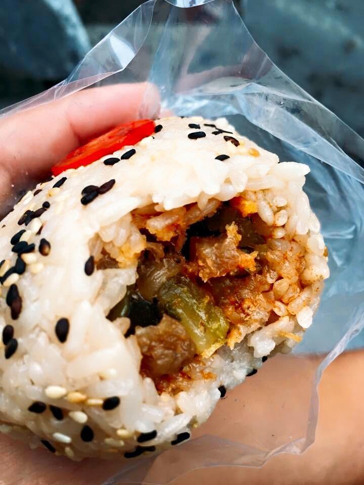 台中隱藏版美食「攤車古早味飯糰」 還有周末限定!
