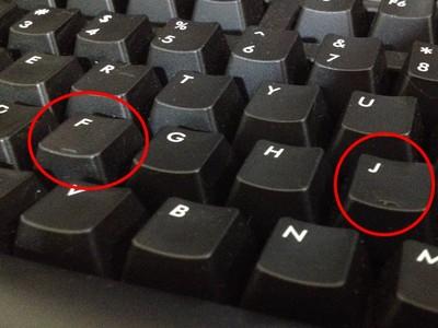 鍵盤的F、J為什麼突起?原來這些設計都不容忽視啊!