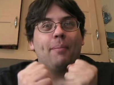 眼鏡男自拍短片「我交了新女友」 扯出7年前少女失蹤懸案
