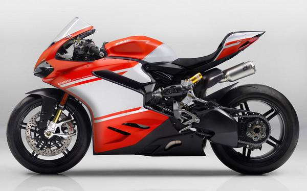 究極速度機器!Ducati 1299 Superleggera米蘭登場。(圖/翻攝自Ducati)