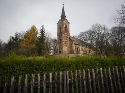 捷克充滿「白布幽靈」的詭異教堂,恐怖到讓人直發抖