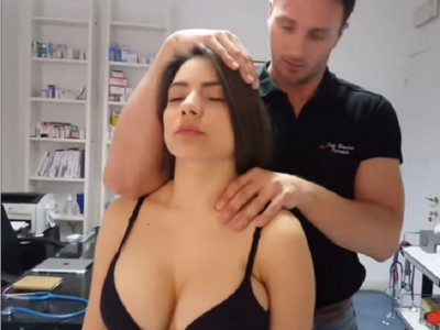 義大利整脊師拍影片教學,就算聽不懂你還是會看100次