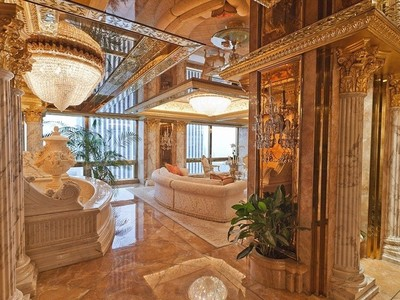 川普的家裡面長這樣,確定不是電影場景或皇宮?