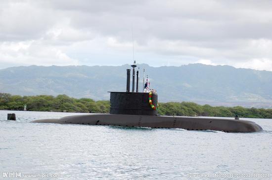 南韓「張保皋級」潛艇(209級潛艇)。(圖/翻攝自新浪軍事)