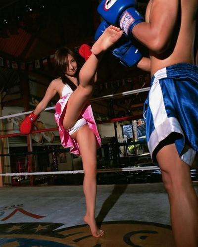 木口亞矢,越南拳擊美少女,沒收功就露內褲,Khả Ngân, Ngân Sushi,美女