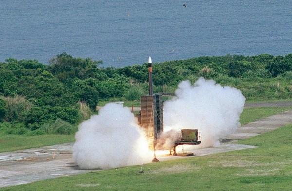 嚇阻共軍戰機,國軍將布署至少三套天弓三型飛彈鎮守花東。(圖/翻攝自《國家中山科學院》官網)
