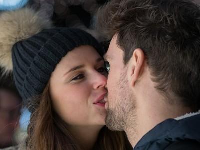 遠距離戀愛有福啦~神發明「kissenger」隔空接吻有逼真觸感