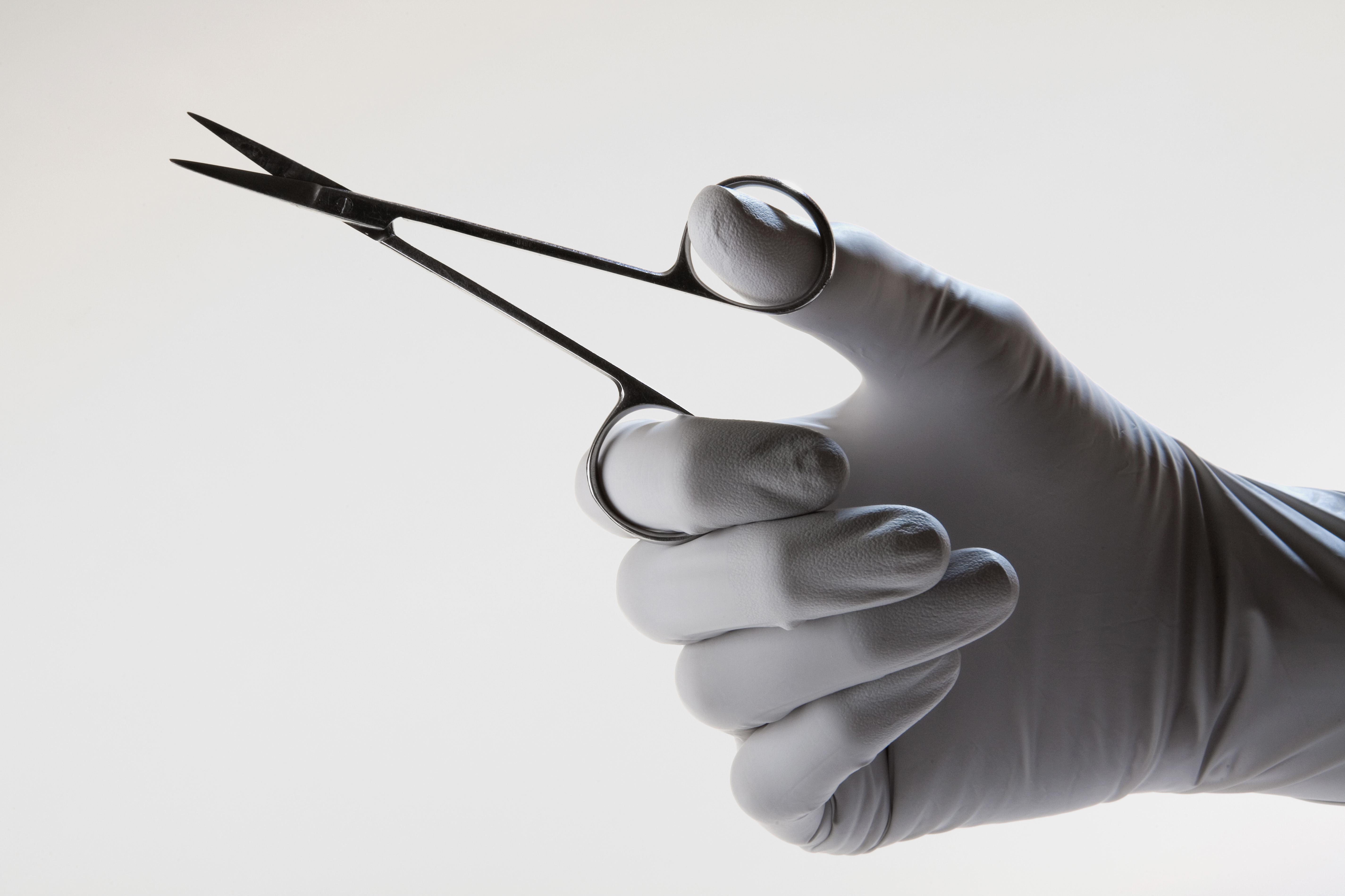 ▲剪刀,醫生,醫療剪刀,手術。(圖/達志/示意圖)
