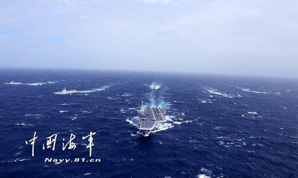 遼寧艦首次正在南海進行訓練。(圖/翻攝自中國海軍官網)