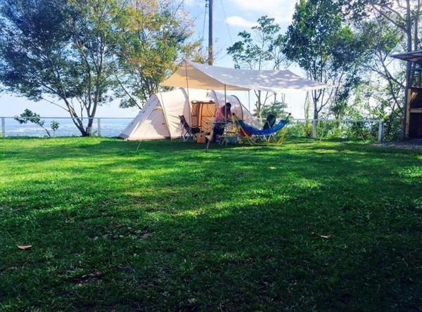 擁百萬夜景的「台東祕境露營區」!白天還能賞無邊際海景