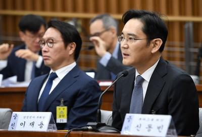 檢警查「閨蜜門」對李在鎔提逮捕令 三星股價重挫2.1%