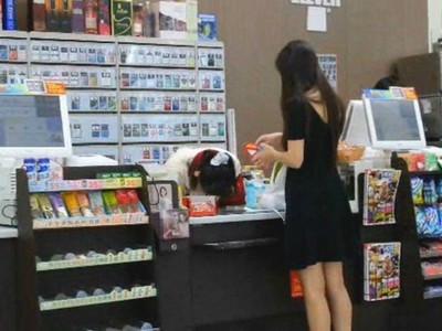 女生結帳等店員「說金額才掏錢」是何心態 回:懶得算不行嗎?