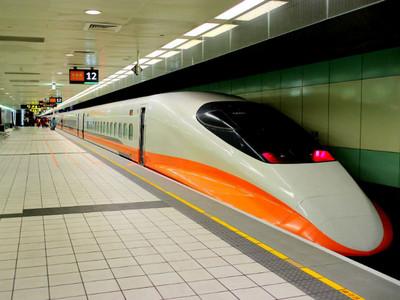 高鐵在「台北」有三站太爽,哪站最該GG? 網戰翻:先廢南部站