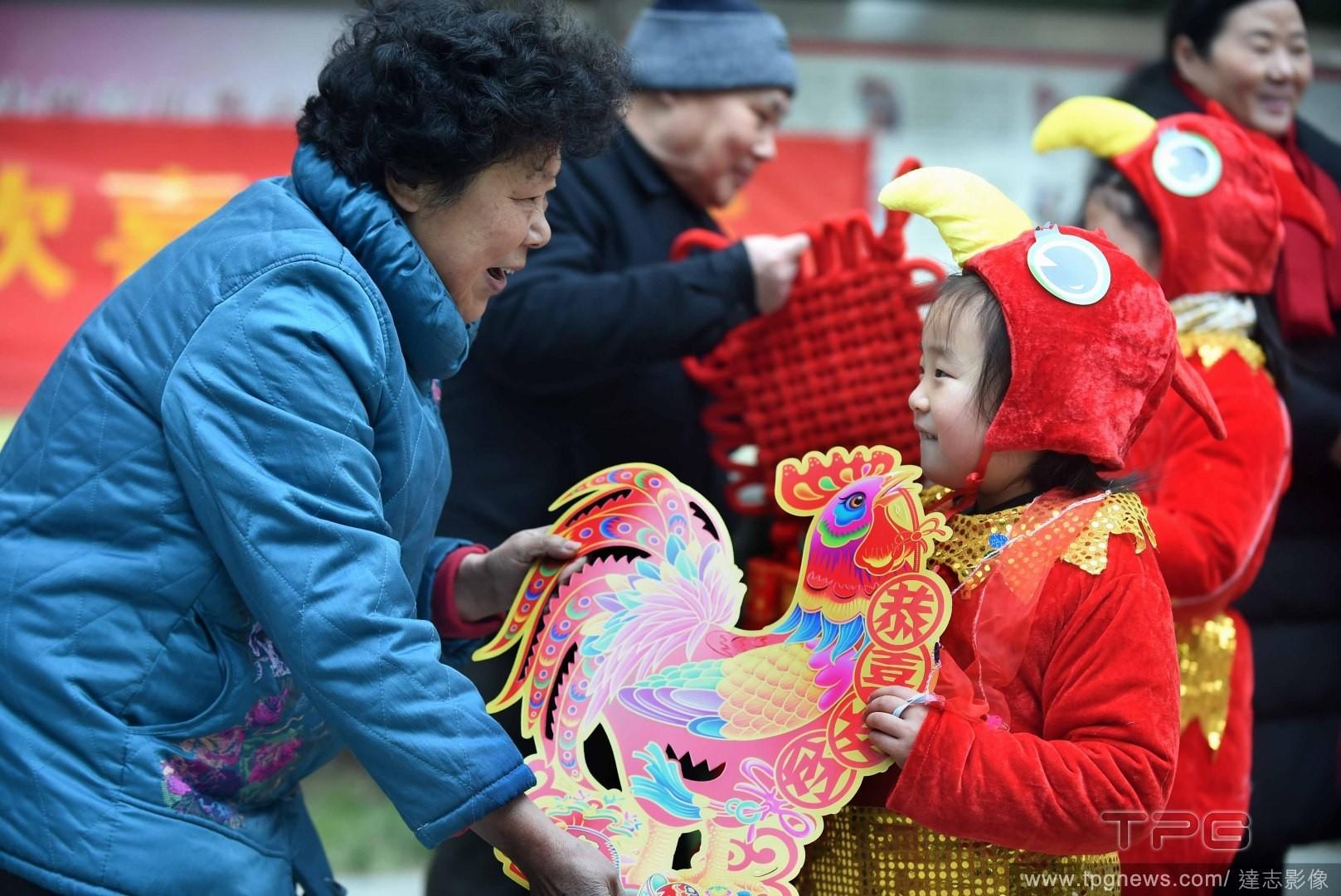 雞年,送禮,過年,新年(圖/達志影像)