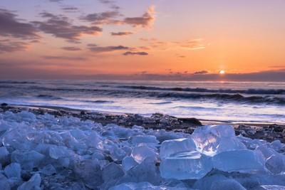 奇蹟美景!十勝川「冰晶寶石」 剔透樣美到讓人窒息❤