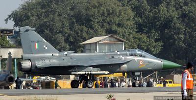 「光輝戰機」亮相印度航空展