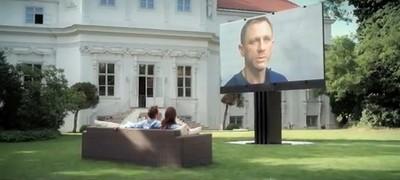 保時捷賣5公尺電視 1台近2千萬